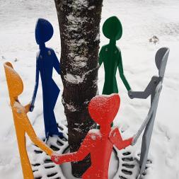 värikäs-viisikko-luminen
