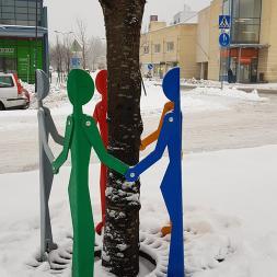 viisikko-lumessa